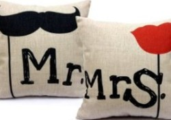 Pillow Couple – Party Game
